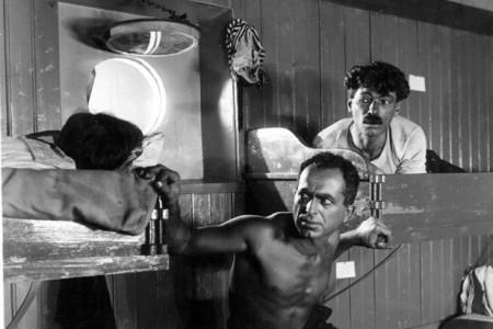"""Кадр из фильма """"Бухта смерти"""", реж. Абрам Роом"""