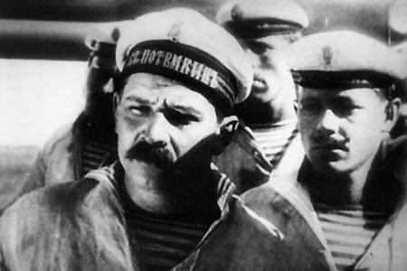 "Кадр из фильма ""Броненосец Потемкин"", реж. Сергей Эйзенштейн"