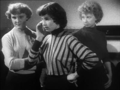 """Кадр из фильма """"Мамочка не позволяет"""", реж. Карел Рейш, Тони Ричардсон"""