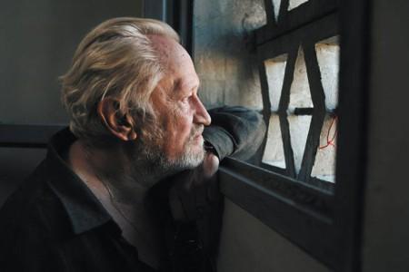 "Кадр из фильма ""Пророк"", реж. Жак Одиар"