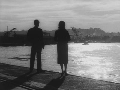 "Кадр из фильма ""Я жду"", реж. Кориоши Курахара"
