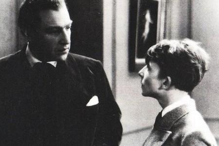 """Кадр из фильма """"Мой отец был прав"""", реж. Саша Гитри"""